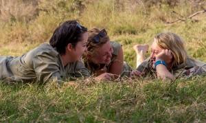 ... terwijl Anna, Emma en Hayley dikke pret hebben