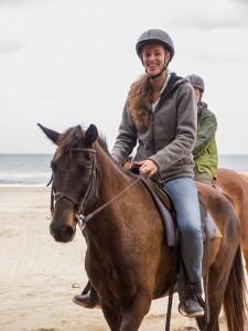 ... en Mayra te paard