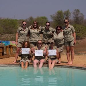 De dames van onze groep. Boven v.l.n.r.: Emma, Nuria, Anna, Debby, Macon. Onder v.l.n.r.: Tina, Hayley en Kate. Mayra staat niet op de foto.