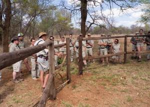 Onze groep rond de drinkplaats van de Sable antilopen
