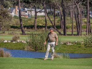 Het nakijken van de bal is een belangrijk onderdeel van het golfspel