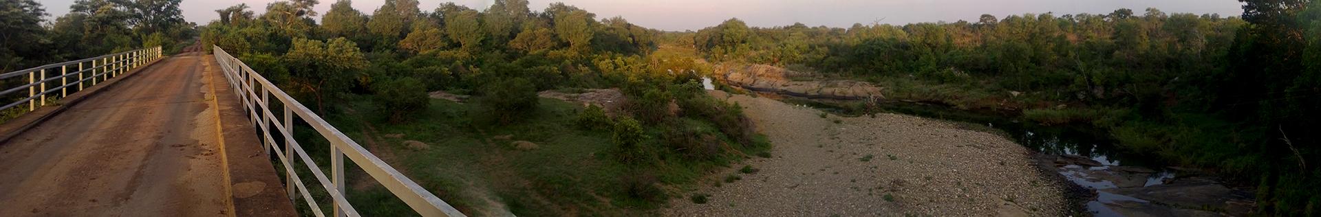 Panorama op de Selati-brug